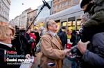 Karel Schwarzenberg přijímal gratulace od lidí v Brně