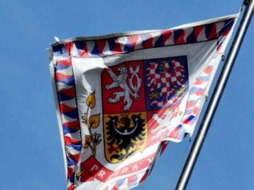 Nad Pražským hradem bude vlát vlajka EU